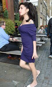 Χαρούμενη η Winehouse
