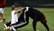 Ένας ξετρελαμένος μπαμπάς ο David Beckham