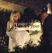 Τι έκανε η Lady Gaga τα βράδια της στη Σαντορίνη;