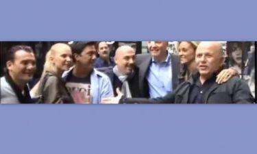 Video: Όταν οι κριτές του X-Factor συνάντησαν τον πατέρα της Jolie!