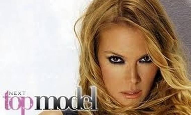 Video: Η κοπέλα του Next Top Model που... πέταξε τα ρούχα της!