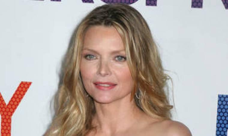 VIDEO: Η Michelle Pfeiffer μιλάει για τη μητρότητα