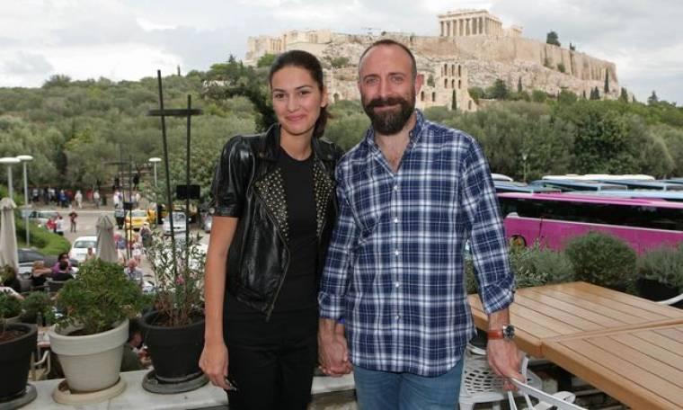 Video: Ο Ονούρ και η Σεχραζάτ στην Ακρόπολη