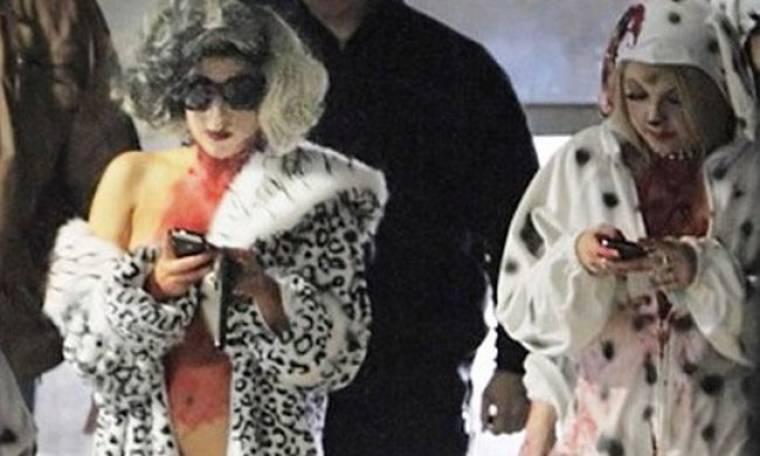 Τι ντύθηκε η GaGa στο Halloween;