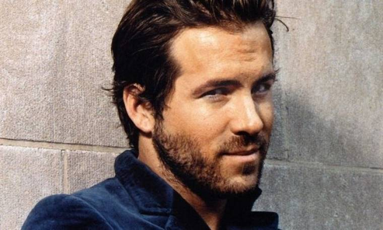 Video: Ο Ryan Reynolds τραγουδά στο Sesame Street
