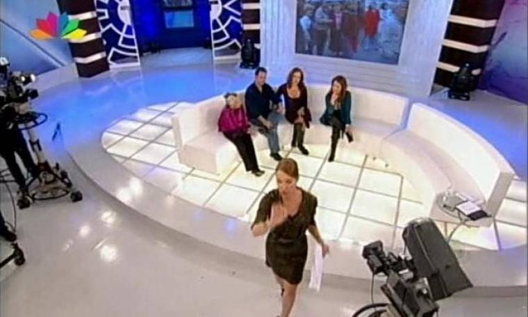 VIDEO: Απίστευτος καβγάς στην εκπομπή της Τατιάνας Στεφανίδου