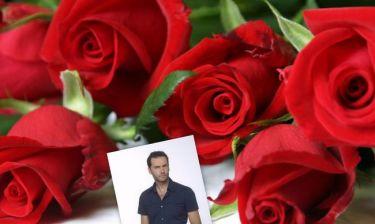 Πού στέλνει κόκκινα τριαντάφυλλα ο Παναγιώτης Μπουγιούρης;