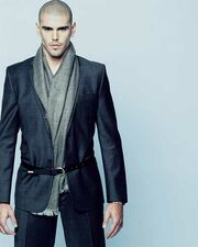Victor Valdes: Μοντέλο ή ποδοσφαιριστής;