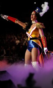Το μικροσκοπικό κοστούμι της Katy Perry