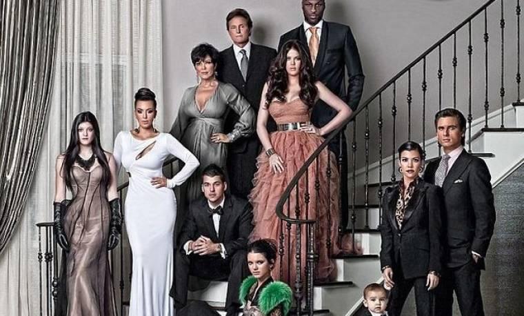 Οι Kardashian μας εύχονται Καλά Χριστούγεννα