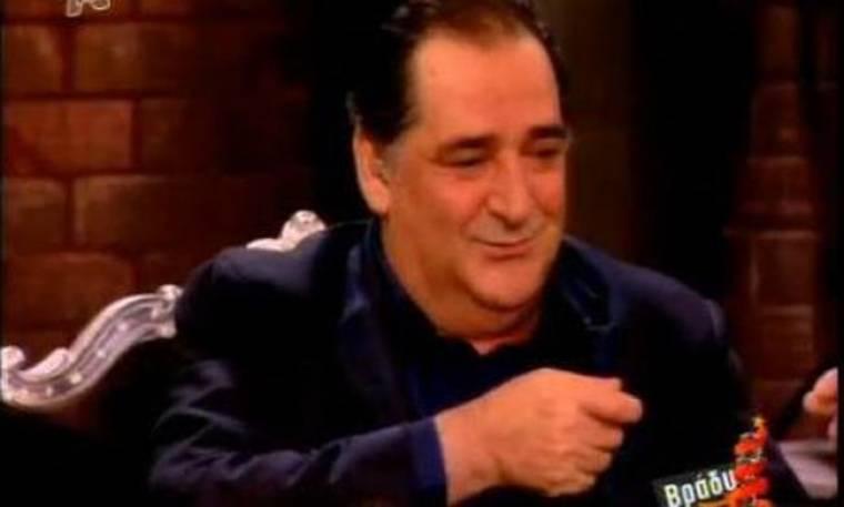 Βασίλης Καρράς: «Με έχουν απαγάγει για να μην τραγουδήσω!»
