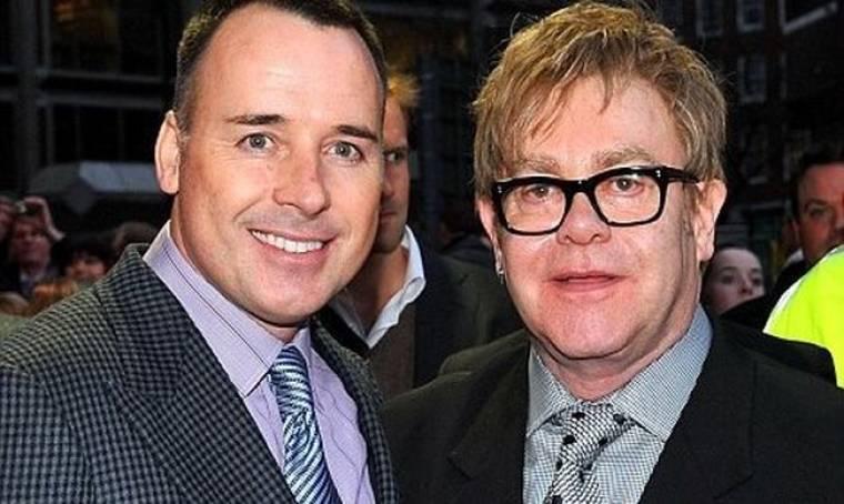 Ο «στρατός» του Elton John