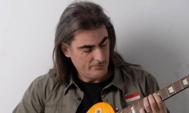 Φίλιππος Πλιάτσικας: Δωρεάν τα τραγούδια του στο διαδίκτυο