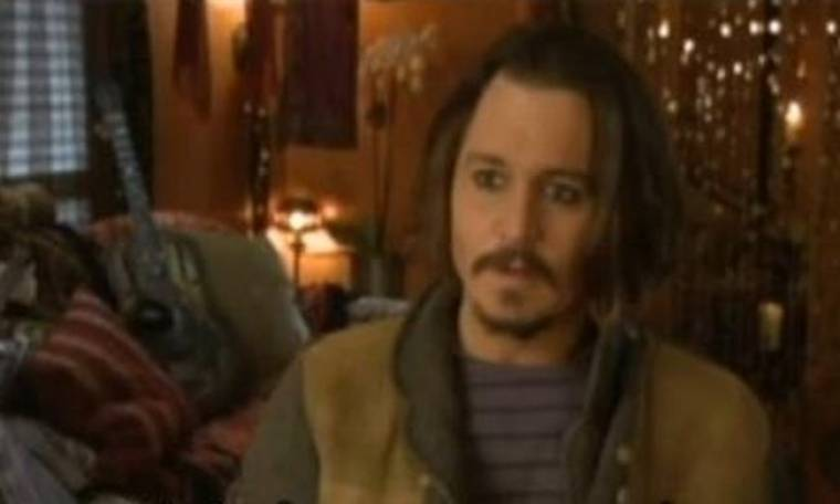 Johnny Depp: «Η Angelina Jolie είναι ένα ζωντανό ποίημα»