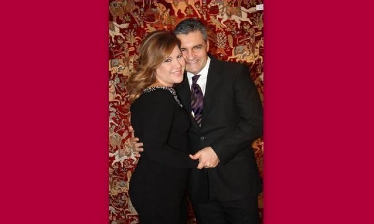 Μοιραράκη: Πρώτη φωτογραφία με τον σύζυγό της με φόντο το χαλί