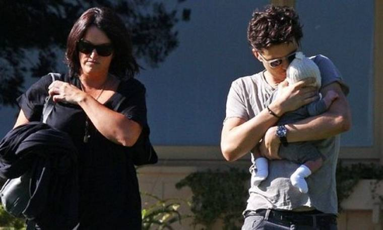 Orlando Bloom: Βόλτα με το γιο του