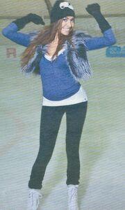 Καρέ-καρέ η «καυτή» Όλγα στον πάγο!