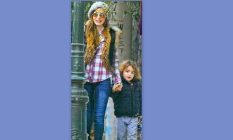 Η Δέσποινα Βανδή με το γιο της στον παιδικό σταθμό!