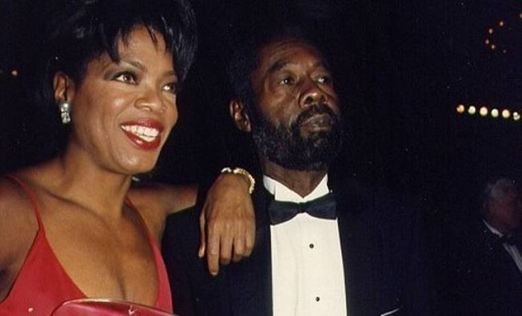 Ο πατέρας της Oprah το έμαθε από την τηλεόραση