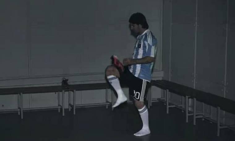Video: Τα κόλπα του Messi με τα… παπούτσια