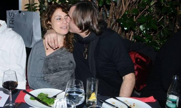 Τρυφερά στιγμιότυπα του Άκη Σακελλαρίου με τη σύζυγό του