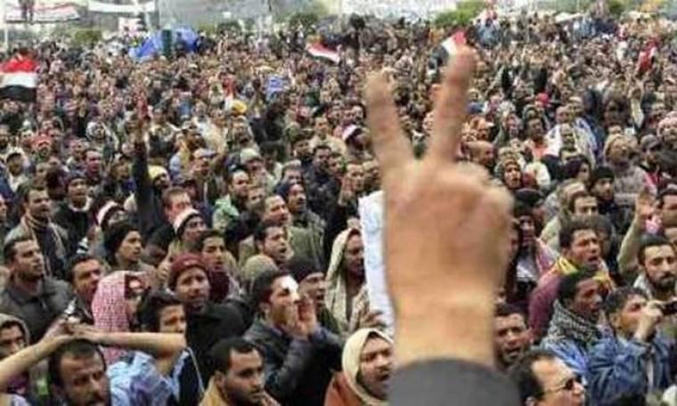 Στην Πλατεία Ταχίρ για 15η ημέρα οι διαδηλωτές