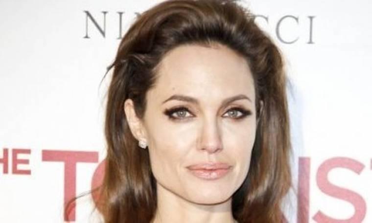 Η Angelina Jolie πάει να κλείσει 7άδα