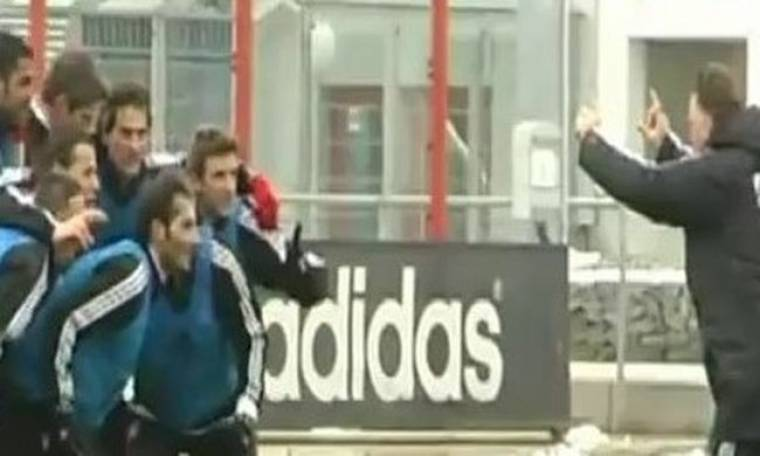 Video: Ο Luis Van Gaal σε ρόλο... φωτογράφου