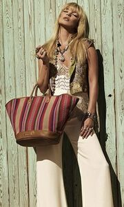 Η Kate Moss στην καμπάνια της Longchamp