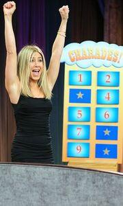 J.Aniston: Καλή και στην παντομίμα