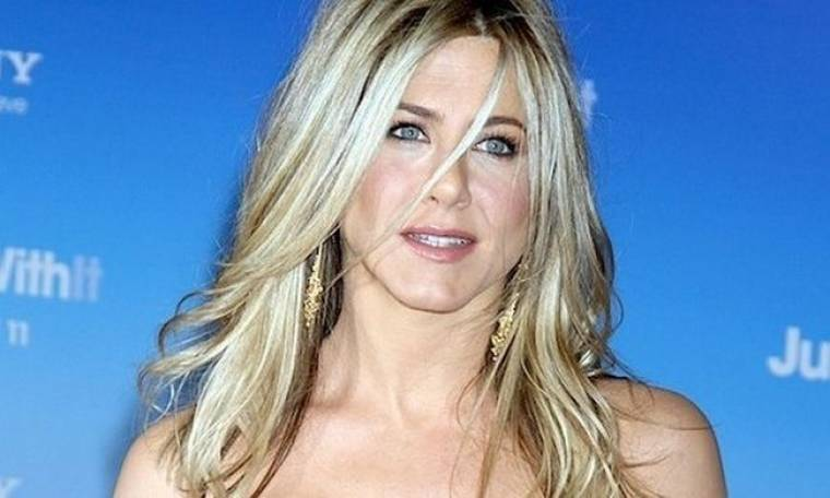 Η Aniston ζηλεύει την Nicole Kidman