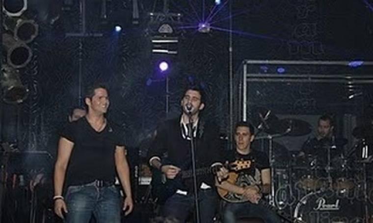 VIDEO: «Υποσχέσου» τραγουδάει ο Νικηφόρος στον Τσαλίκη