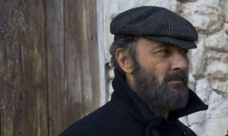 """Video: Οι ηθοποιοί του """"Νησιού"""" στηρίζουν Μάινα μετά τις βολές του Θέμου"""
