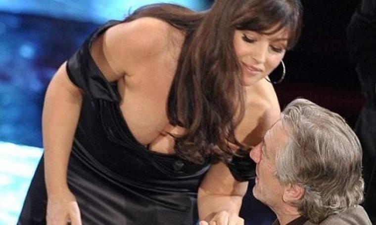 Ο De Niro και το μπούστο της Monica