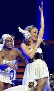 Video: Η πρεμιέρα της περιοδείας της Kylie