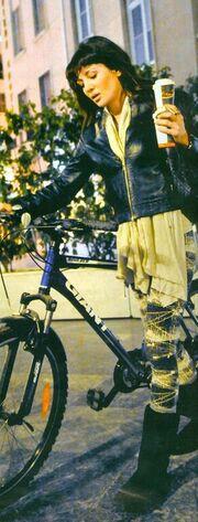 Δήμητρα Ματσούκα: Κυκλοφορεί μόνο με ποδήλατο!