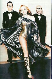 Kylie Minogue: Οι Dolce & Gabbana υπογράφουν τις στιλιστικές της επιλογές