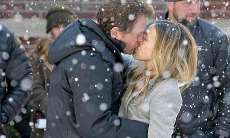 Το φιλί της Parker με τον Kinnear