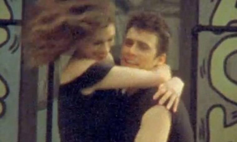 Video: Franco και Hathaway, όπως λέμε Newton –John και Travolta