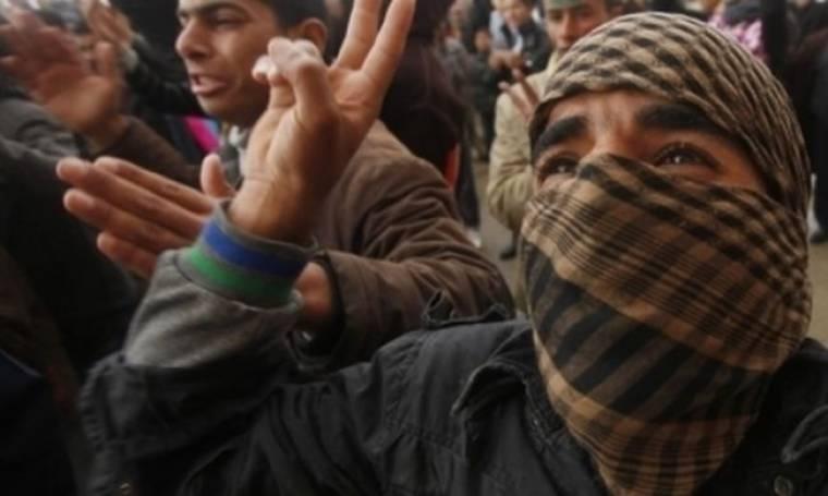 Ωμή βία στη Λιβύη μετά το διάγγελμα Καντάφι