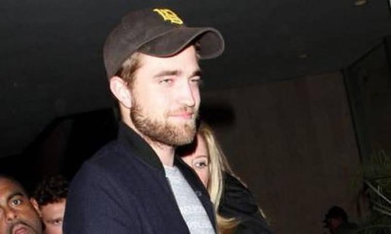 Έγινε «μπαμπάς» ο Robert Pattinson