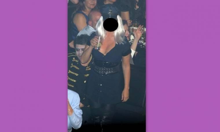 Ποια ηθοποιός ντύθηκε wild sexy μπατσίνα;