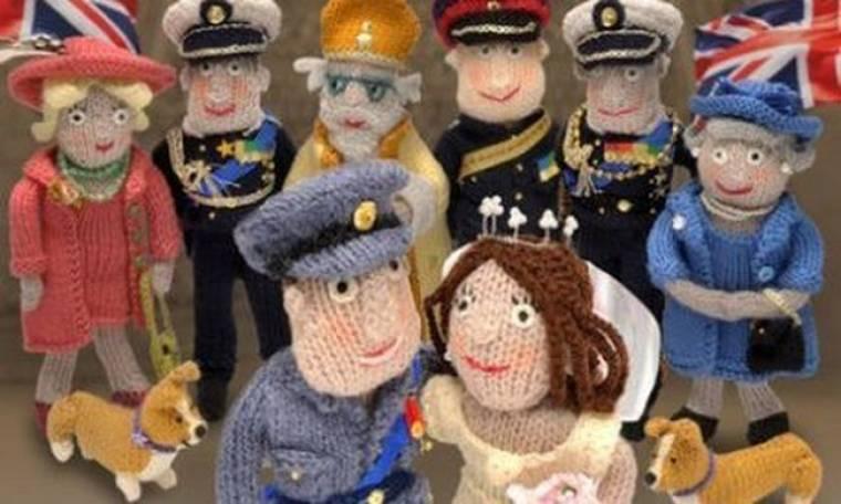 Ο πρίγκιπας William και η Kate Middleton γίνονται DIY πλεκτές κούκλες