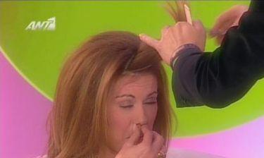 Video: O Tρύφωνας Σαμαράς κούρεψε την Μανωλίδου εν ώρα εκπομπής!
