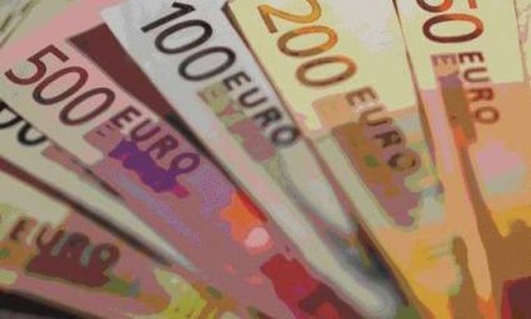 Μισθωτοί και συνταξιούχοι πληρώνουν το ψαλίδι στις φοροαπαλλαγές