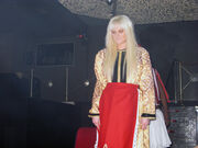 UPDATE: Νέες καυτές φωτογραφίες και βίντεο από το show της Τζούλιας στην Θεσσαλονίκη