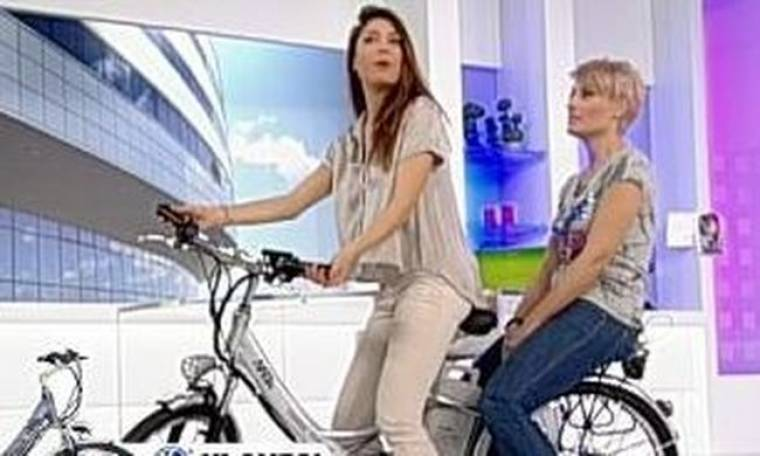 Video: Μελέτη-Πετρουτσέλι έκαναν ποδήλατο στο πλατό της εκπομπής!