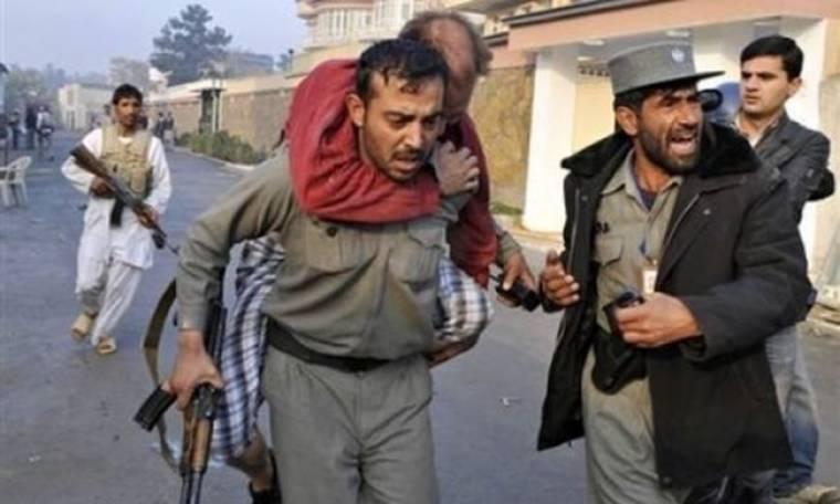 Εξαγριωμένοι Αφγανοί σκότωσαν 10 υπαλλήλους του ΟΗΕ