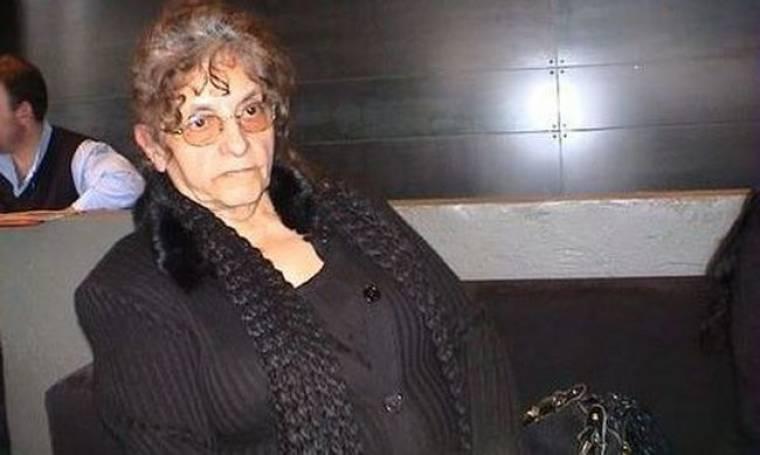 """Η μητέρα του Μπάμπη Λαζαρίδη αποκαλύπτει: """"300.000 ευρώ το συμβόλαιο θανάτου για τον γιο μου"""""""