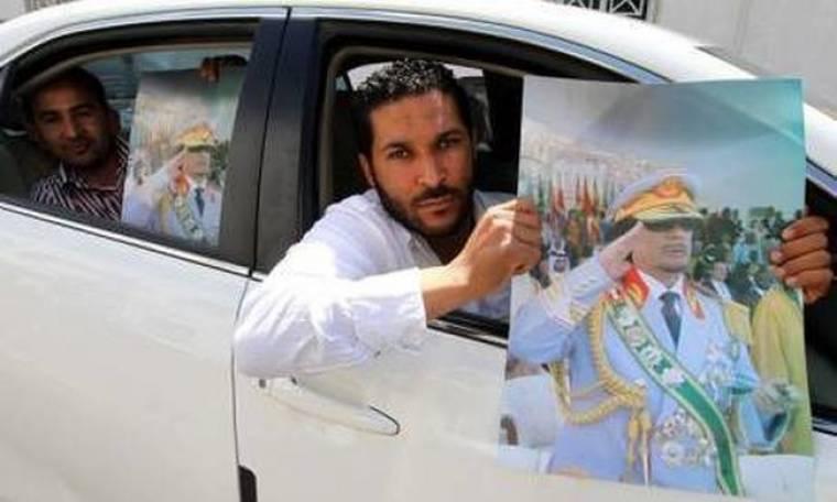 """Λιβύη: """"Ναι"""" στις μεταρρυθμίσεις, υπό την """"καθοδήγηση"""" του Καντάφι όμως..."""